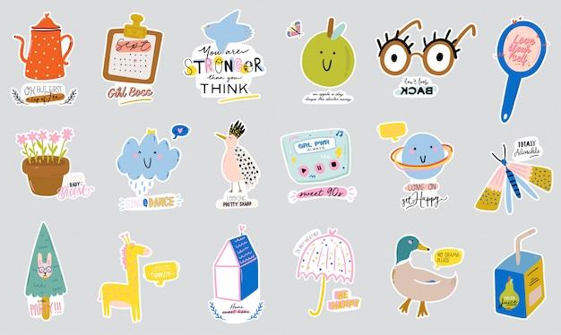 Conjunto de caracteres escandinavos bonitos, incluindo citações da moda e elementos decorativos legal mão desenhada.