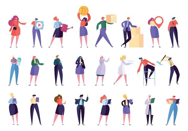 Conjunto de caracteres profissionais diferentes criativos. vários executivos trabalham isolados. equipe de funcionários com laptop. mulher de negócios comunidade stand flat cartoon ilustração vetorial coleção