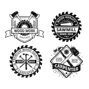 Conjunto de carpintaria vintage e rótulos de mecânico, emblemas e logotipo