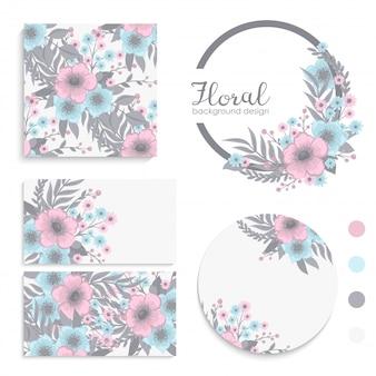 Conjunto de cartão com flores rosa e azuis