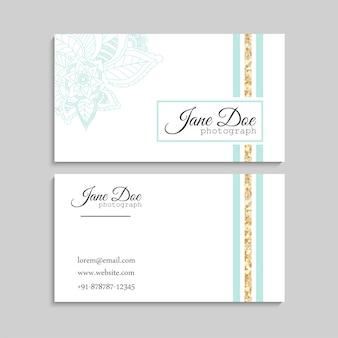 Conjunto de cartão de visita com zentangle mão desenhadas flores