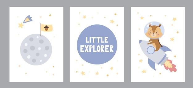 Conjunto de cartazes ou cartões comemorativos com esquilo bonito dos desenhos animados no foguete