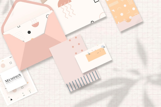 Conjunto de cartões corporativos e papelaria