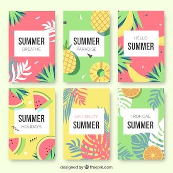 Conjunto de cartões de frutas de verão e folhas de palmeira
