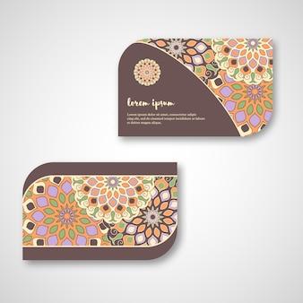 Conjunto de cartões de mandala ornamental mão desenhada