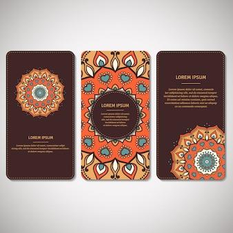 Conjunto de cartões ornamentais, folhetos com mandala de flor em marrom