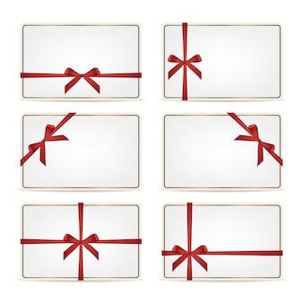 Conjunto de cartões-presente com fitas.