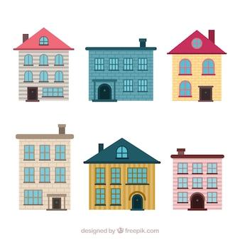 Conjunto de casas residenciais em diferentes modelos