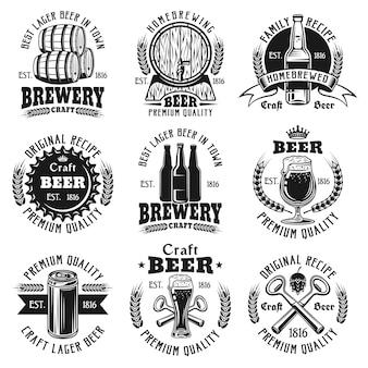 Conjunto de cerveja com modelos pretos de logotipo vintage