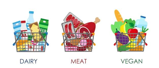 Conjunto de cestas de compras cheias de produtos carne láctea e produtos veganos em cestas