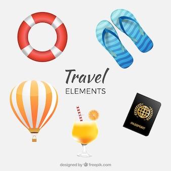 Conjunto de chinelos e outros itens de viagem