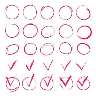 Conjunto de círculos vermelhos de destaque desenhado à mão e ícones de marca de seleção.
