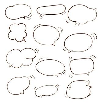 Conjunto de coleção de balões de fala em branco de doodle desenhado à mão