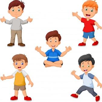 Conjunto de coleta de meninos felizes dos desenhos animados