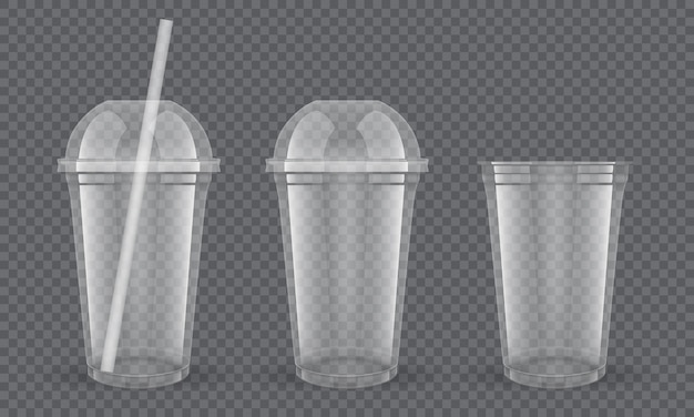 Conjunto de copos plásticos transparentes vazios com canudo