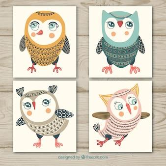 Conjunto de corujas em cartões