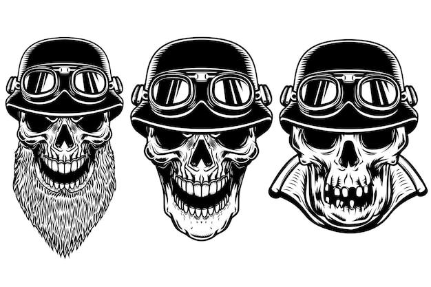 Conjunto de crânios de motociclista em fundo branco.