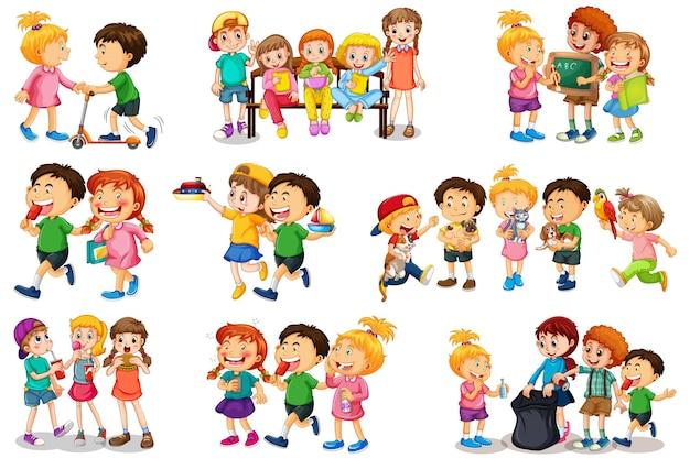 Conjunto de criança diferente brincando com seu personagem de desenho animado de brinquedos isolado no fundo branco