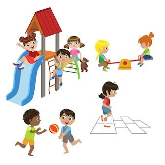 Conjunto de crianças brincando ao ar livre