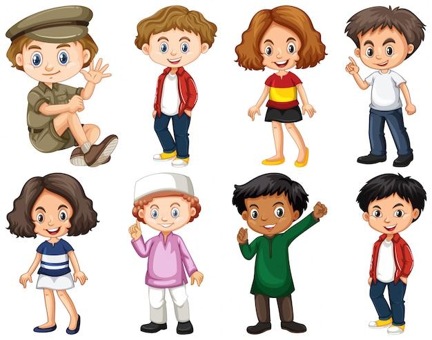 Conjunto de crianças felizes fazendo ações diferentes