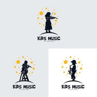 Conjunto de crianças tocando música nas estrelas