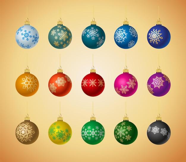 Conjunto de decorações de bola de natal. bolas de vidro realistas de natal