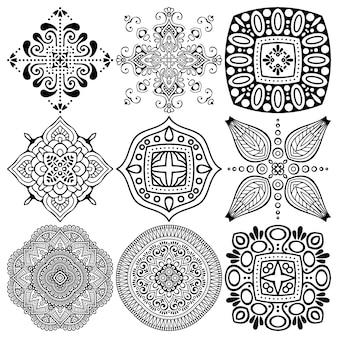 Conjunto de desenho de mandala étnica.