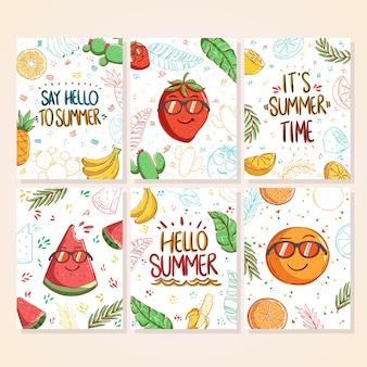 Conjunto de desenhos animados de cartões de verão bonitos pôsteres de verão com folhas de abacaxi melancia limão e banana e texto escrito à mão