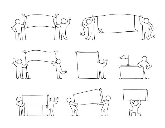 Conjunto de desenhos animados de esboçar pequenas pessoas com espaços em branco. doodle trabalhadores bonitos com banners.