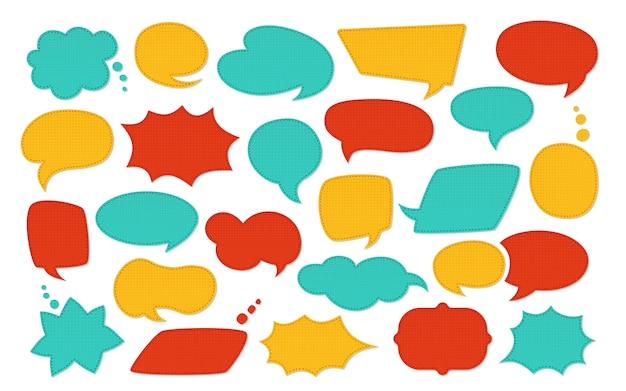 Conjunto de desenhos animados do discurso bolha remendo. moda colorida patches elementos de scrapbook. discurso, bolhas de pensamento com padrão, costurado em camadas