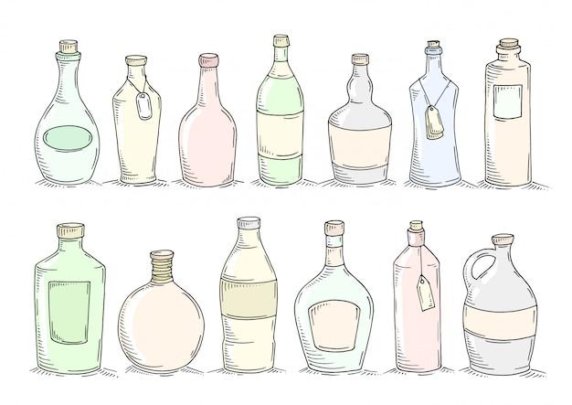 Conjunto de desenhos animados doodle garrafas.