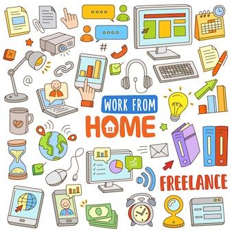 Conjunto de desenhos animados mão desenhada na cor do doodle - trabalho de casa