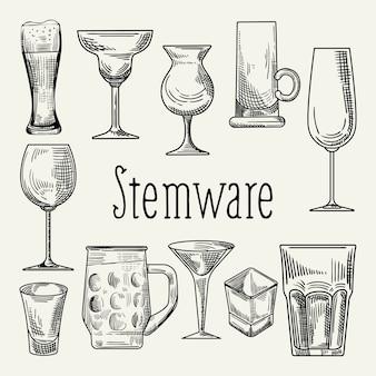 Conjunto de diferentes copos para bebidas