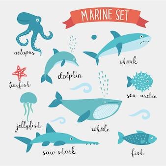 Conjunto de diferentes tipos de criaturas submarinas fofas debaixo d'água e letras com nomes em inglês