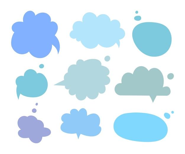 Conjunto de diferentes variantes de caixas de diálogo desenhadas à mão. ilustrações planas do vetor. coleção de cores pastel doodle para conversa, diálogo, decoração em fundo branco.