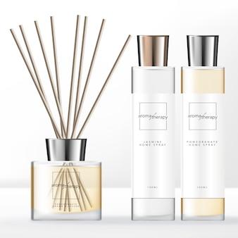 Conjunto de difusor de aromas de estilo minimalista com frasco transparente para uso doméstico com tampa de prata.