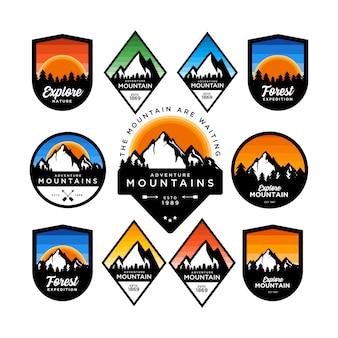 Conjunto de distintivo de aventura de montanha