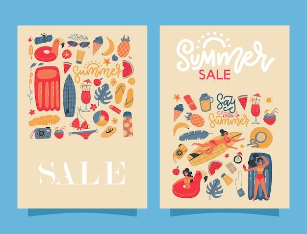 Conjunto de dois banners de verão retrô com letras de venda de verão de texto e muitos elementos de férias.