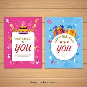 Conjunto de dois cartões de aniversário em design plano