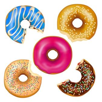 Conjunto de donuts comidos realista