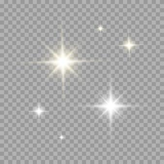 Conjunto de efeito de reflexo de luz com cor de ouro e prata. flash de sol transparente realista com raios e holofotes