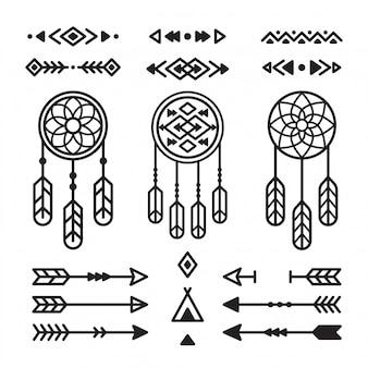 Conjunto de elementos de design indiano nativo americano. apanhadores de sonhos, flechas, ornamentos tribais.