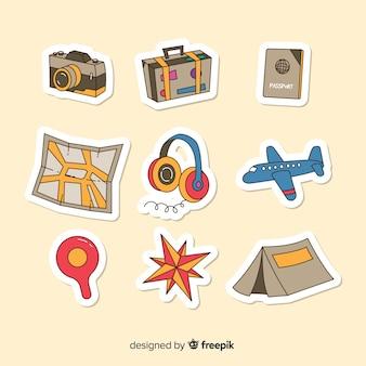 Conjunto de elementos de viagem de mão desenhada