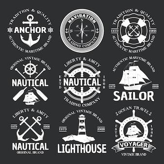 Conjunto de emblema náutico em preto