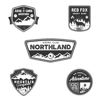Conjunto de emblemas ao ar livre