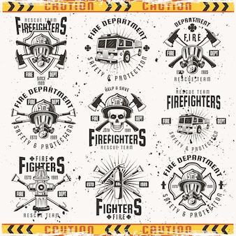 Conjunto de emblemas, etiquetas, emblemas e logotipos do corpo de bombeiros no fundo com texturas grunge em camadas separadas