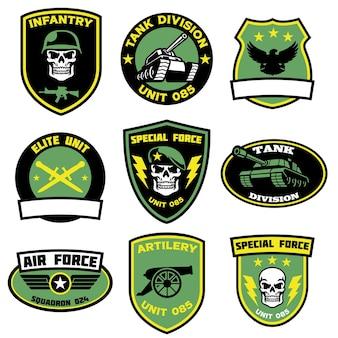 Conjunto de emblemas militares em pacote
