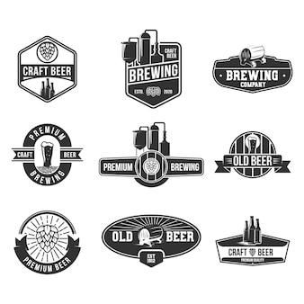 Conjunto de emblemas plana de cerveja retrô