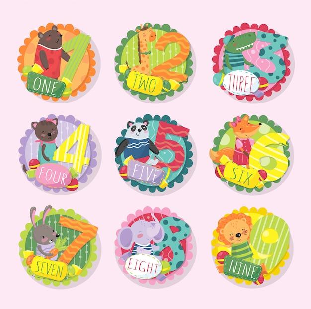 Conjunto de emblemas redondos coloridos com números de 1 a 9 e animais diferentes. urso, girafa, crocodilo, gatinho, panda, raposa, coelho, elefante e leão.