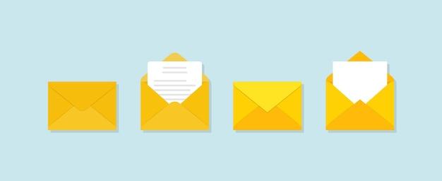 Conjunto de envelopes amarelos em diferentes pontos de vista sobre fundo azul.